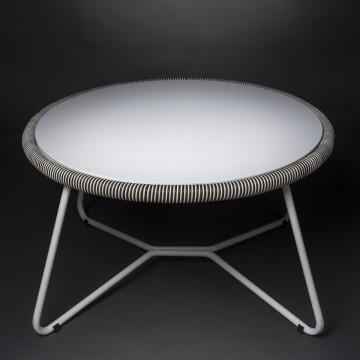 Tavolino design Virgo per...